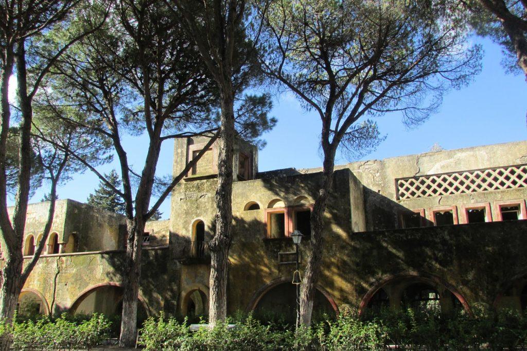 włoskie wioski eleusa
